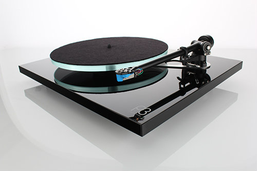 Rega planar-3-black-offside-with-mat-gallery